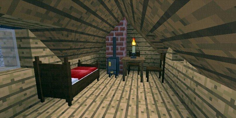 Красивая кровать, камин и свеча на столе